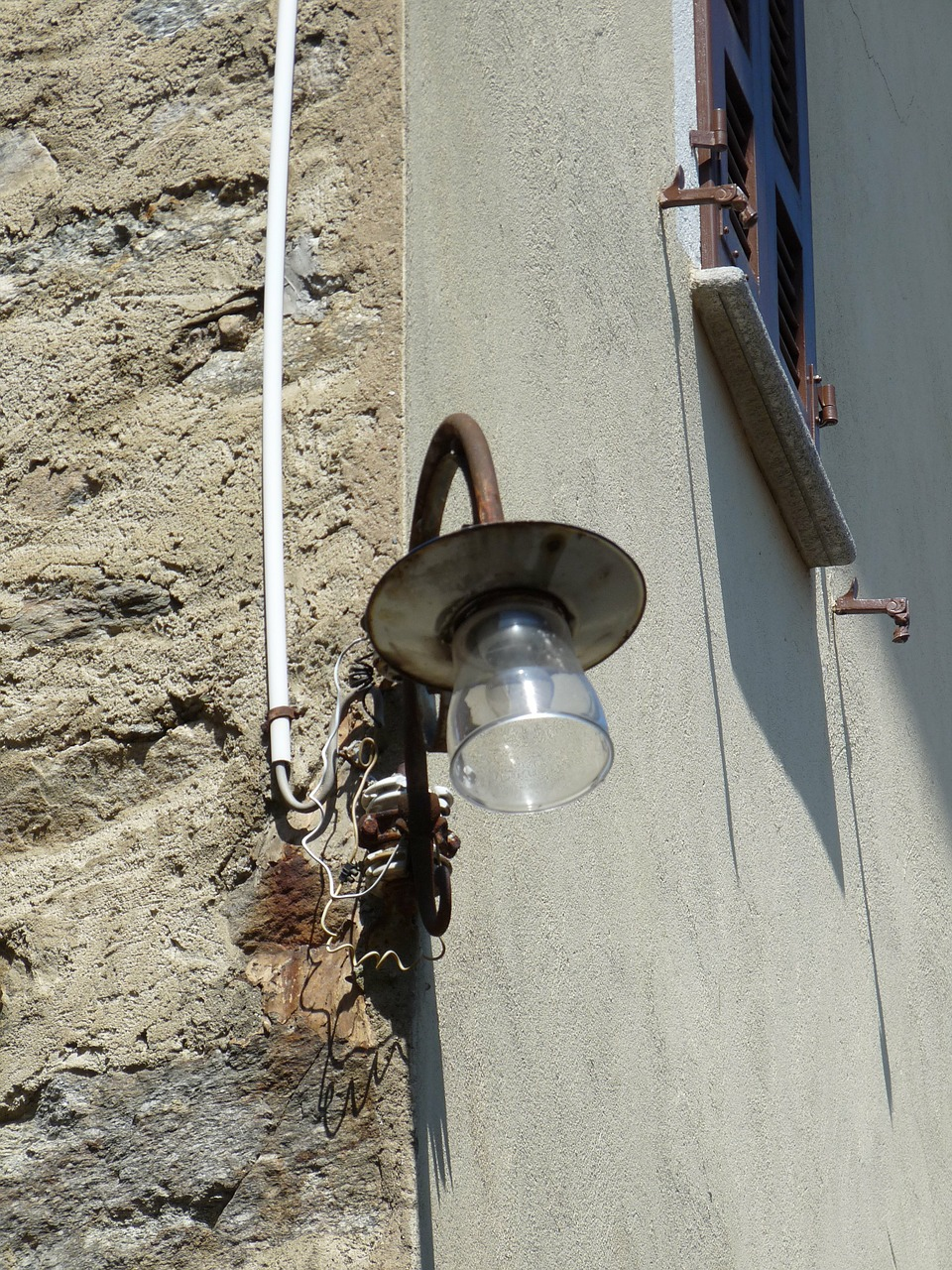 street lamp,light,village lighting,ticino,free pictures, free photos, free images, royalty free, free illustrations, public domain
