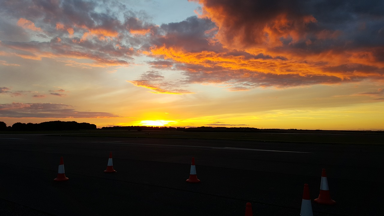sunset airfield lincolnshire free photo