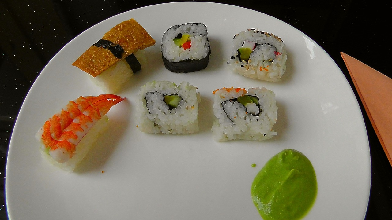 sushi food fish free photo