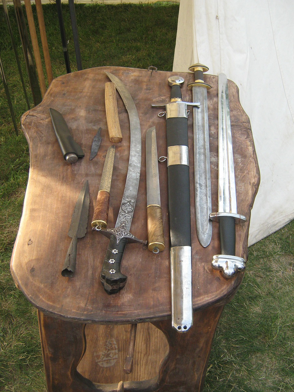 sword sabre melee weapons free photo