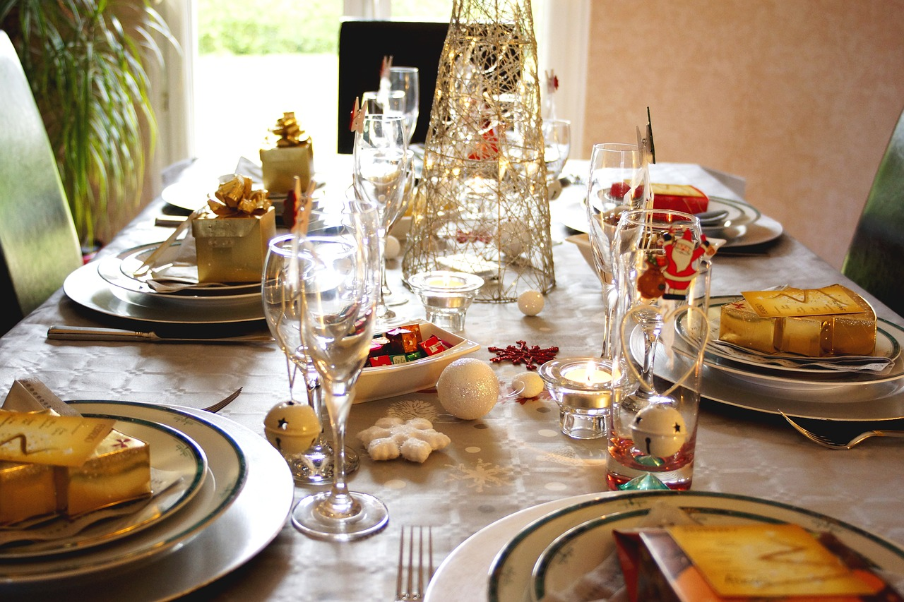 table  christmas  xmas free photo
