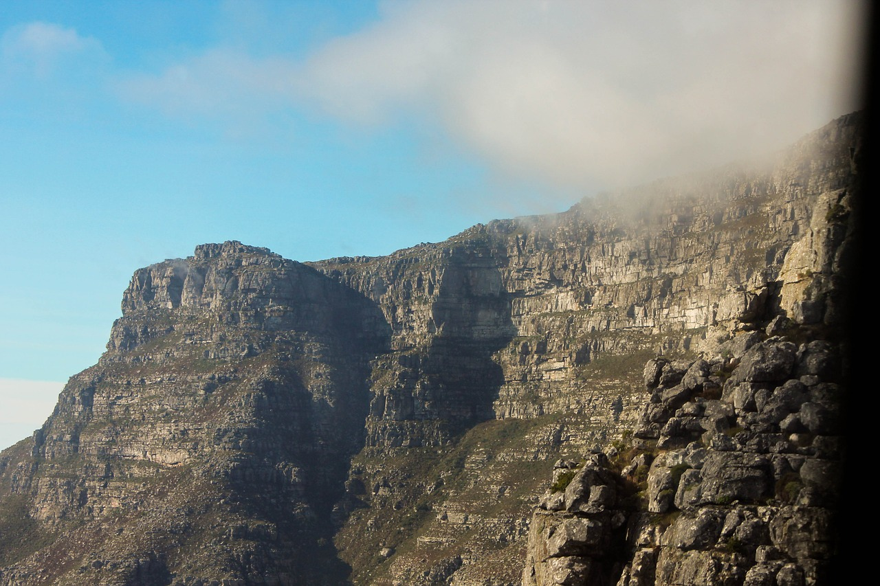 table mountain,africa,mountain,cloud,cape,nature,outdoor,scenic,rock,free pictures, free photos, free images, royalty free, free illustrations