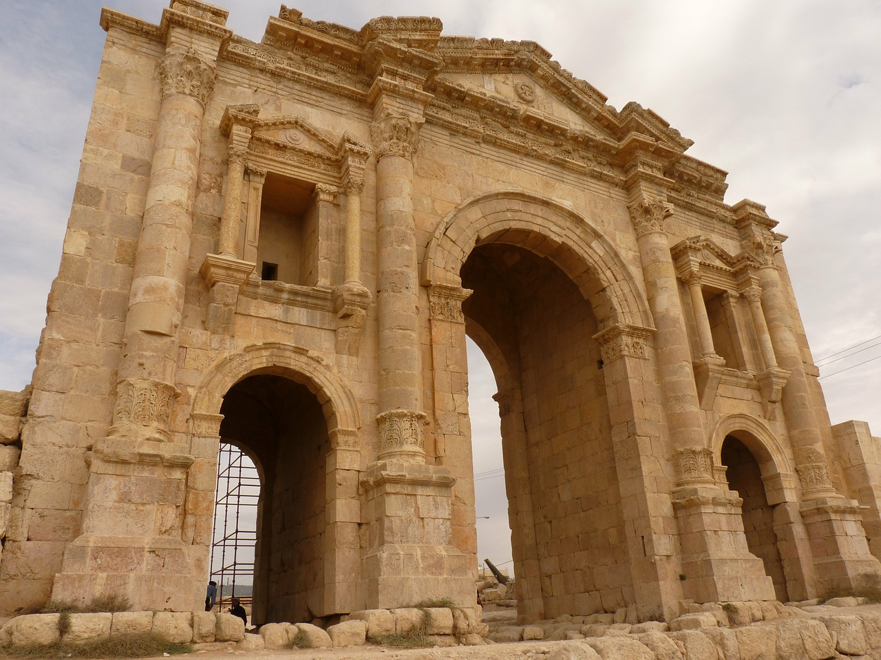 temple of artemis gerasa jerash free photo