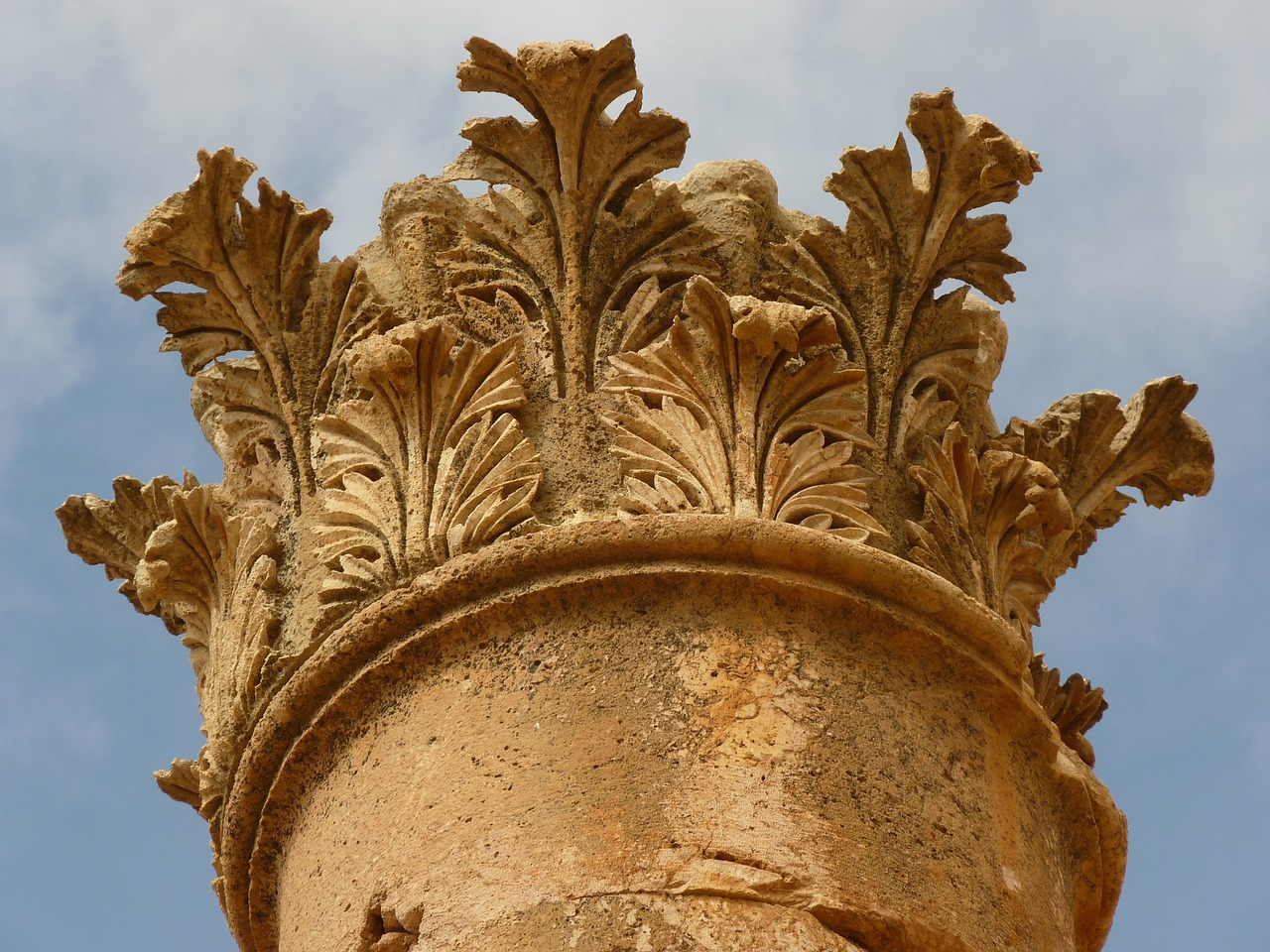 temple of artemis,gerasa,jerash,jordan,acanthus,holiday,travel,middle east,ruin,stone,ornament,corinthian,free pictures, free photos, free images, royalty free, free illustrations, public domain