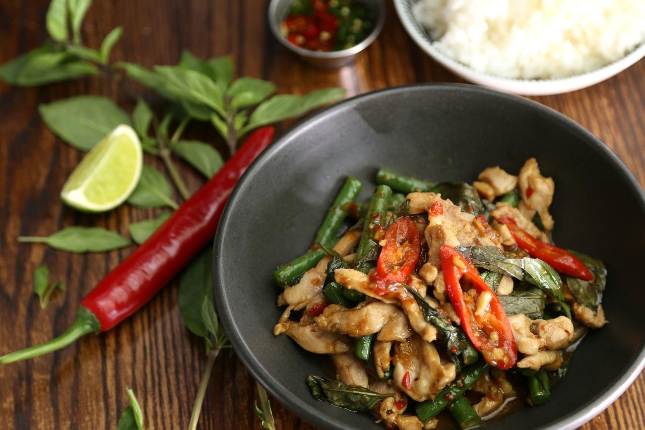 Thai basil,thai ingredient,thai food,chilli,stir fried - free image from  needpix.com