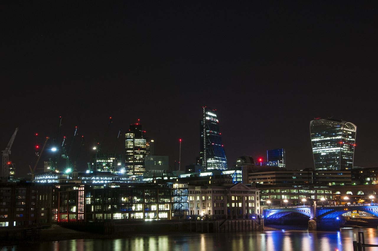 thames night london free photo
