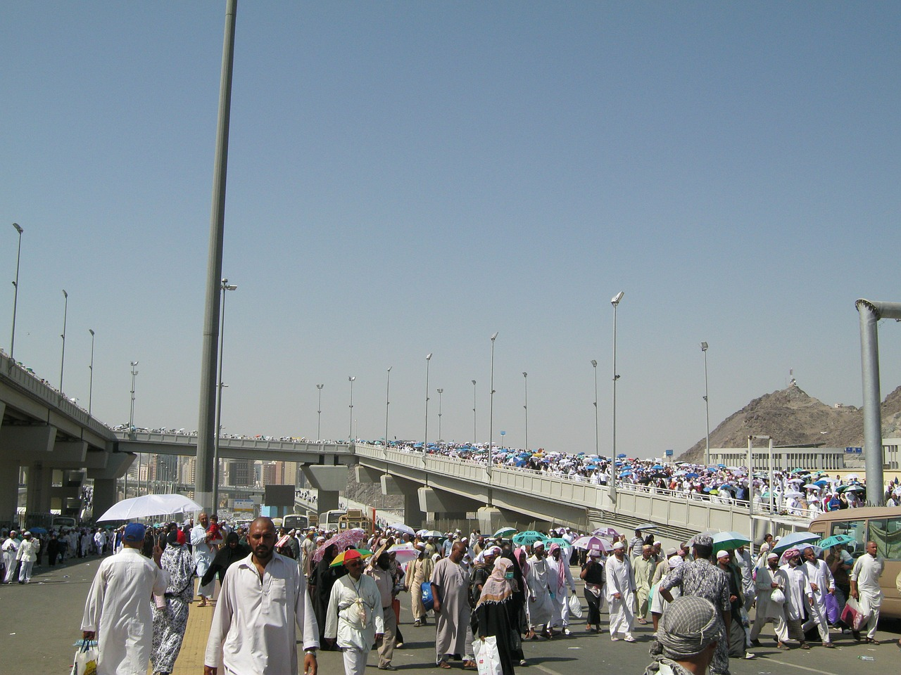 the pilgrim's guide mecca jamarat free photo
