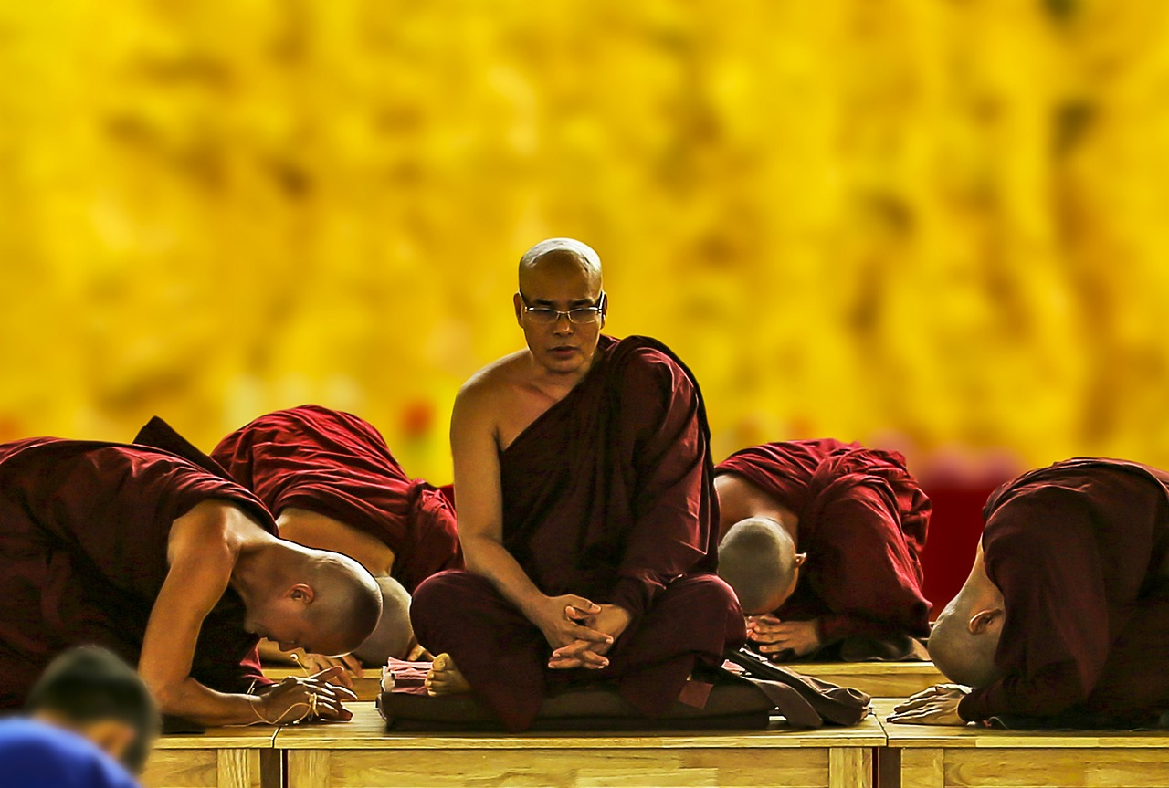 theravada buddhism pay homage bow down free photo