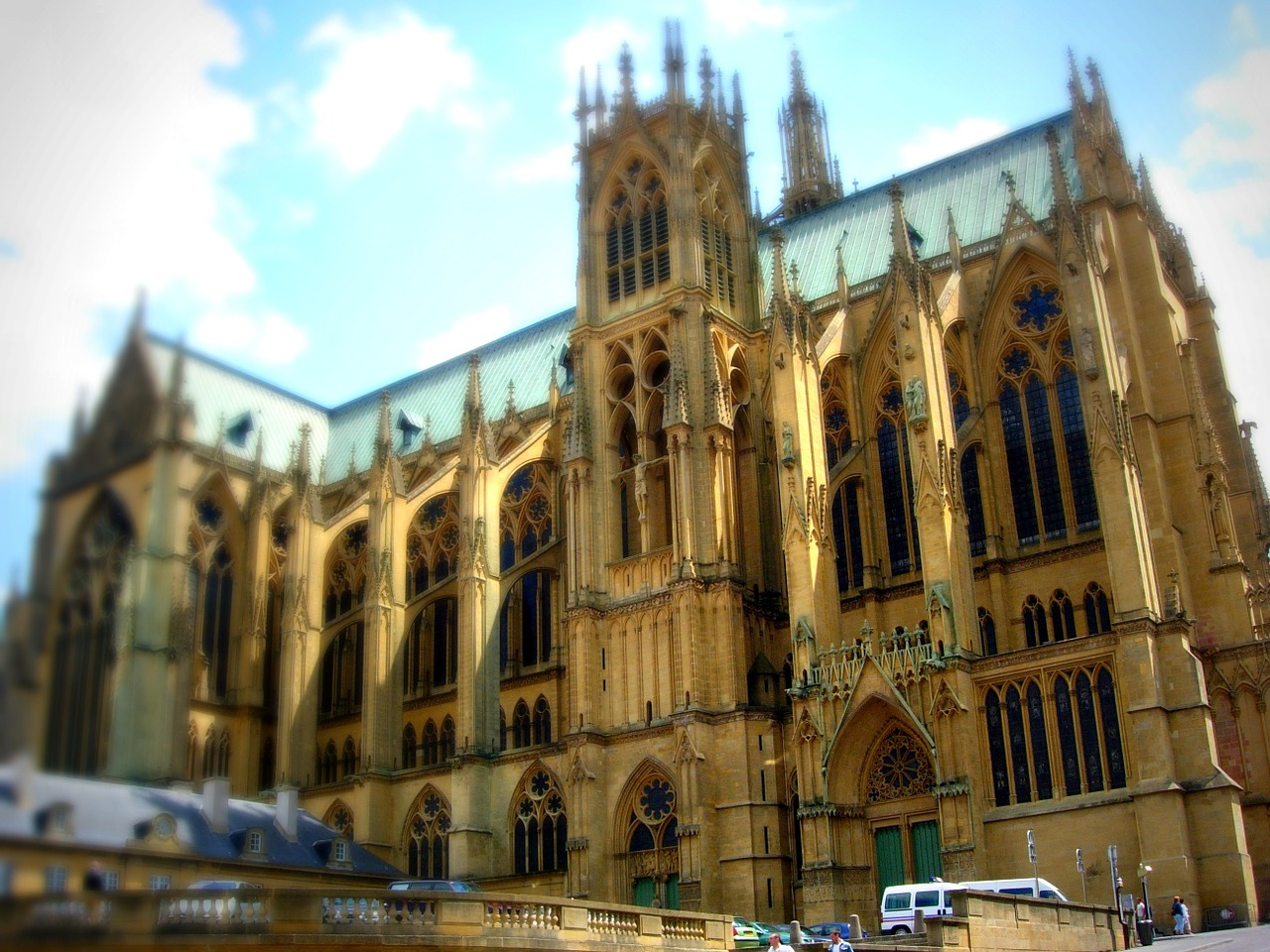 tilt shift cathedral metz free photo
