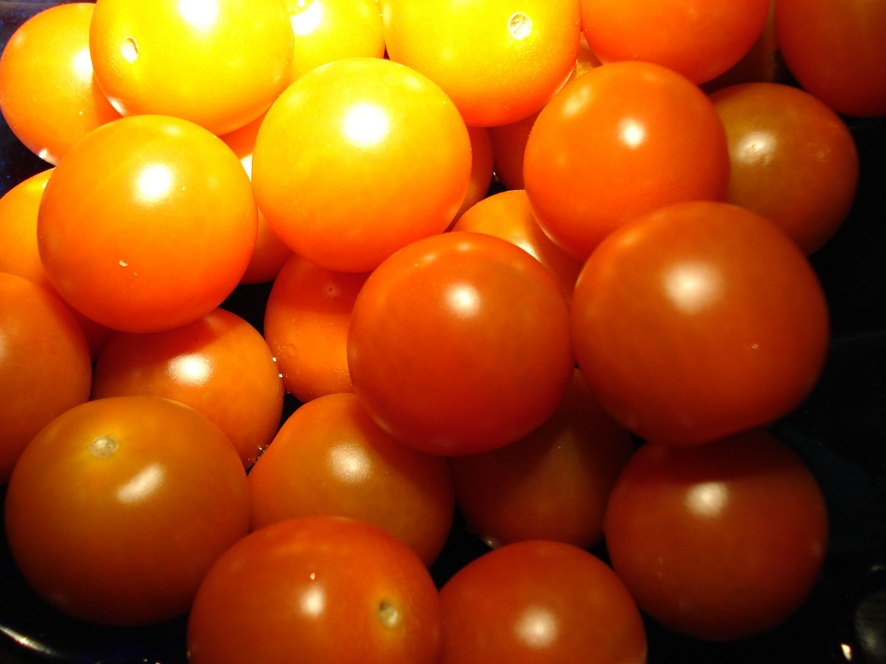 tomatoes fruit vegetables free photo