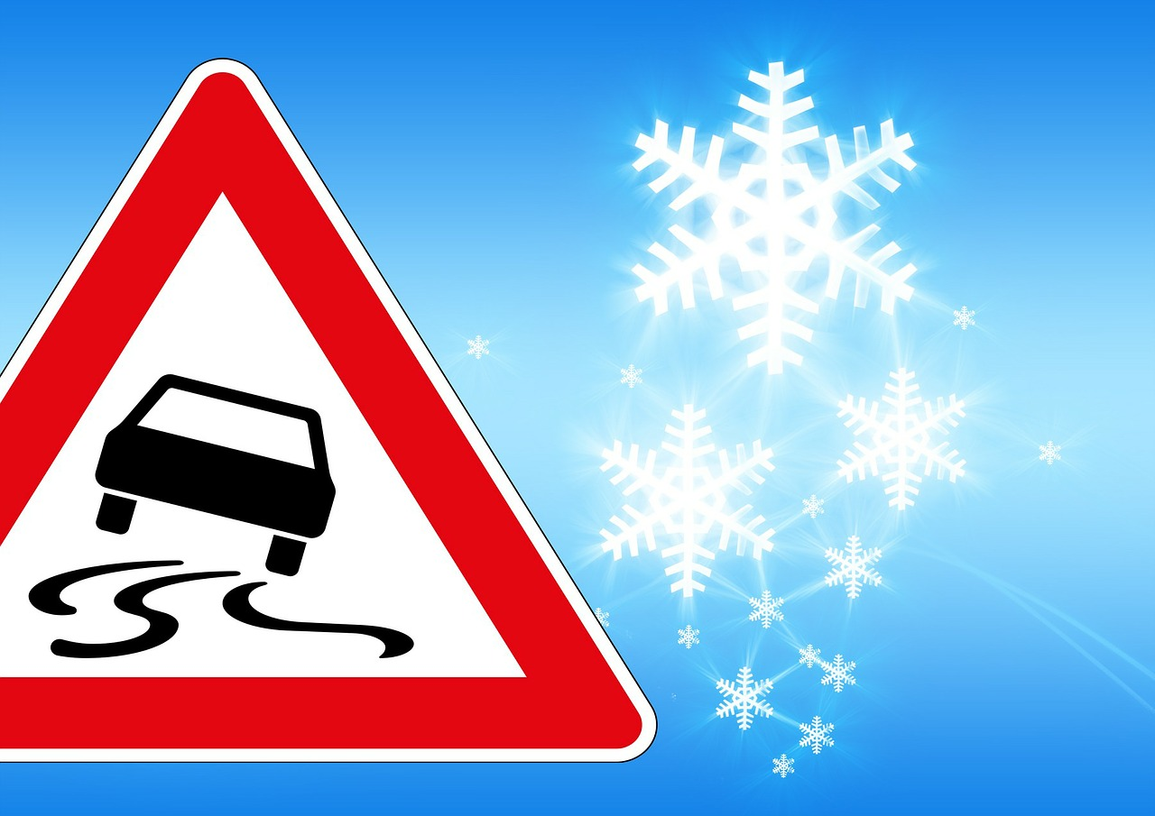 traffic sign ice risk of slipping free photo