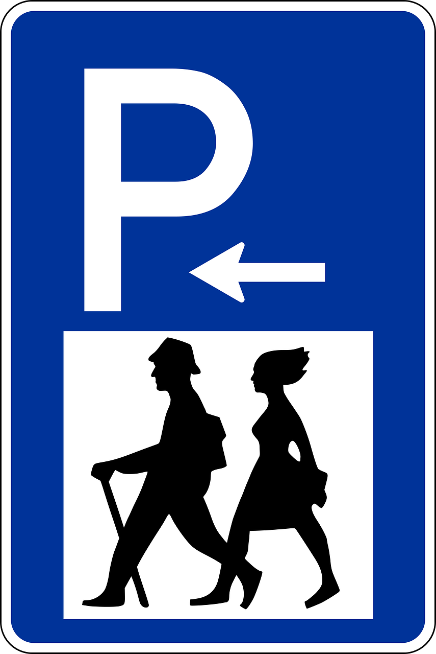 traffic sign,road sign,shield,traffic,road,street sign,wanderer,wanderparkplatz,parking,park,free pictures, free photos, free images, royalty free, free illustrations, public domain