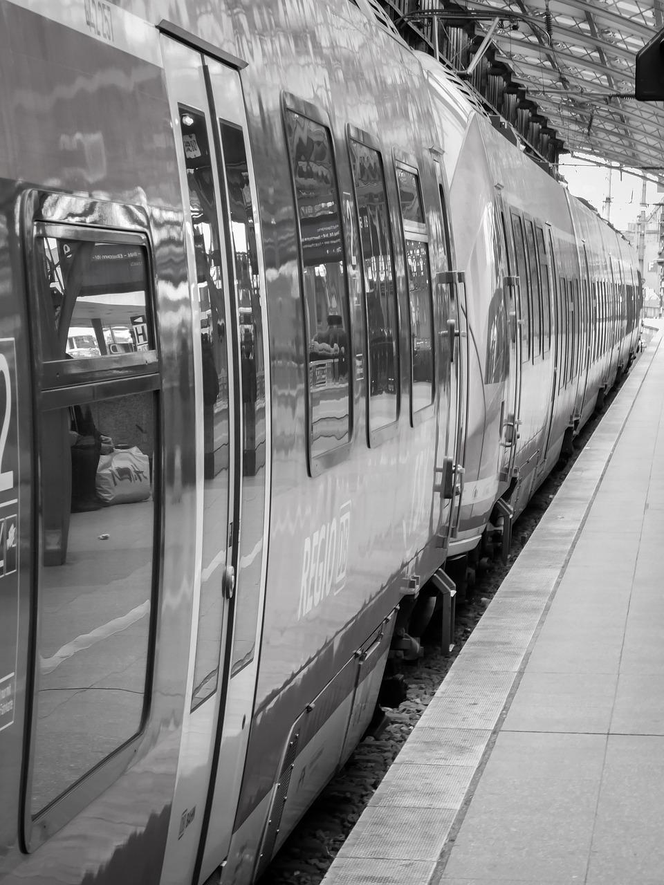 Train,railway station,railway,travel,farewell - free photo from