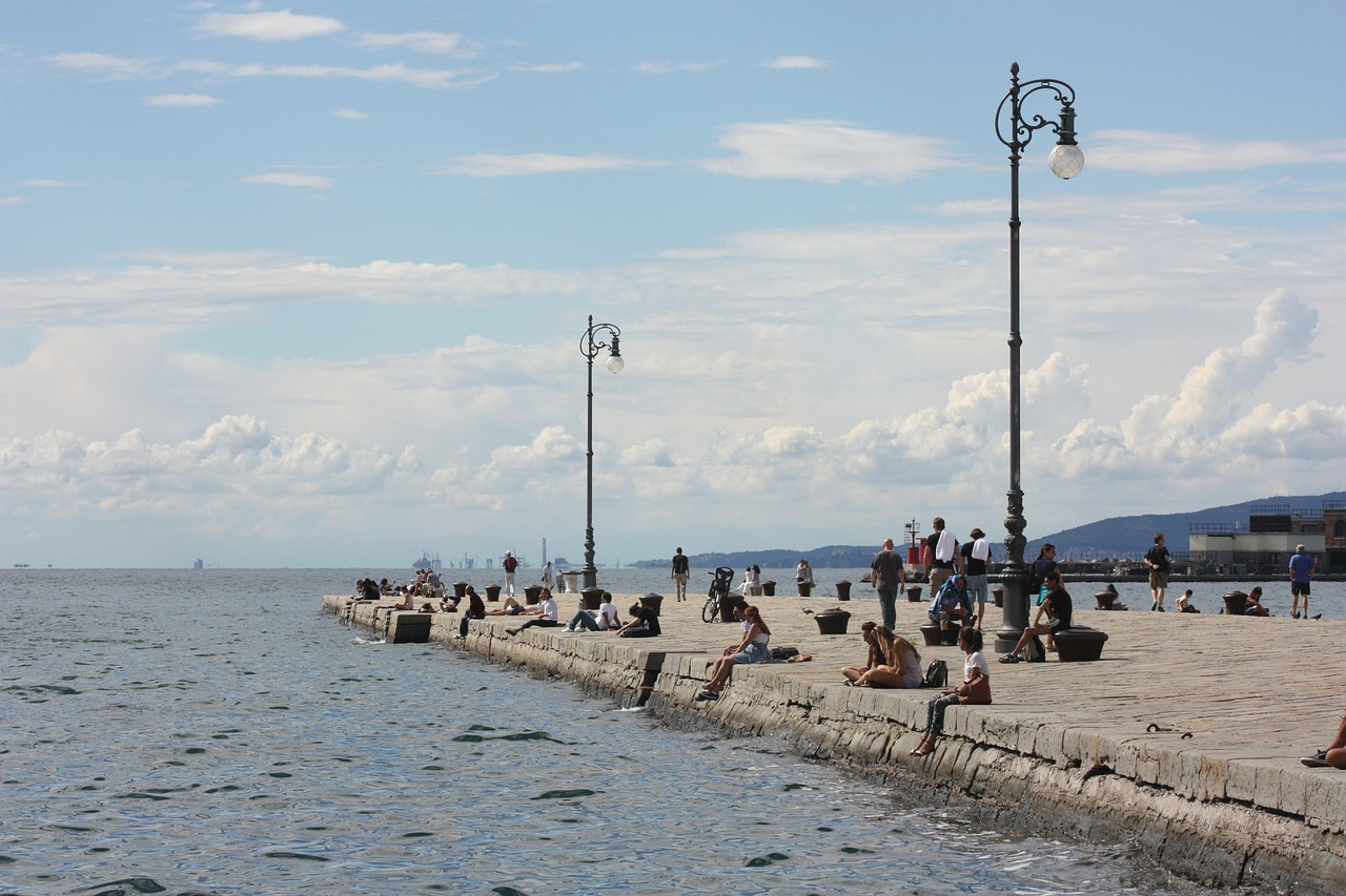 trieste pier sea free picture