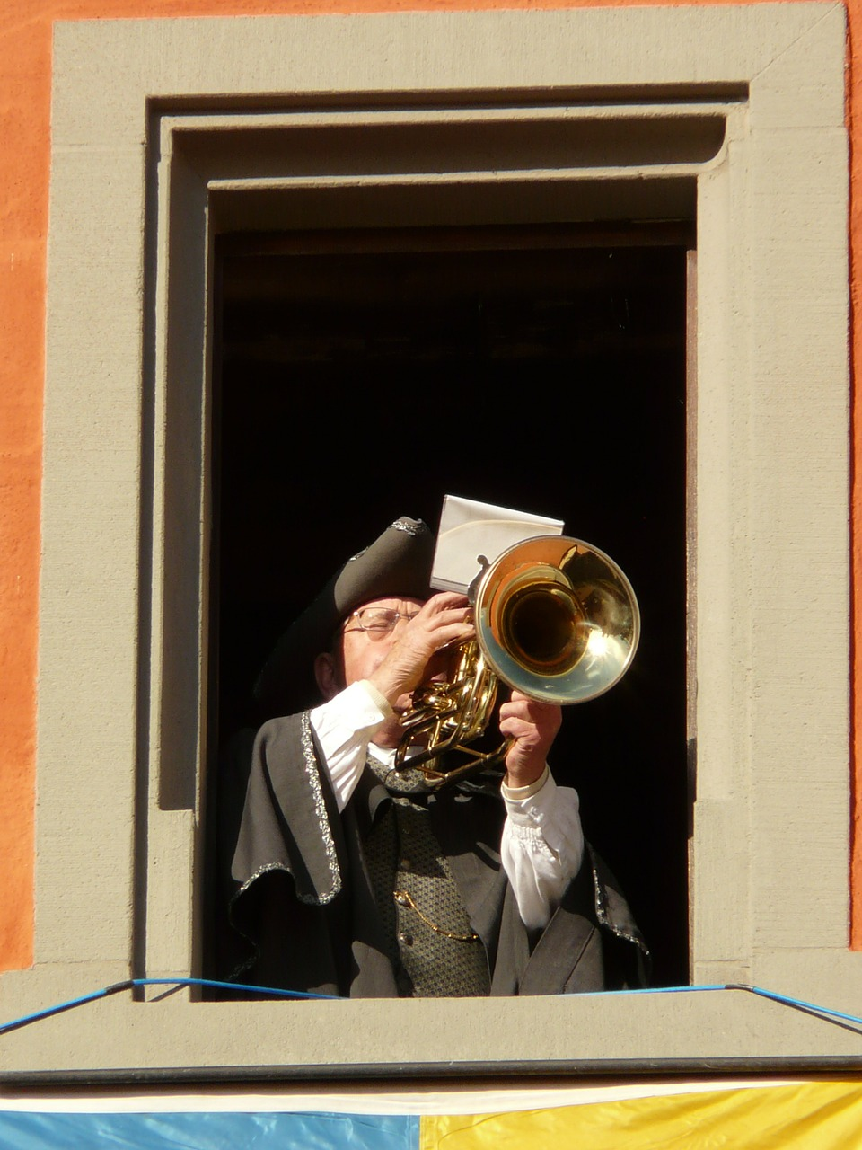trombone player,trombone,will,music,man,play,person,free pictures, free photos, free images, royalty free, free illustrations, public domain