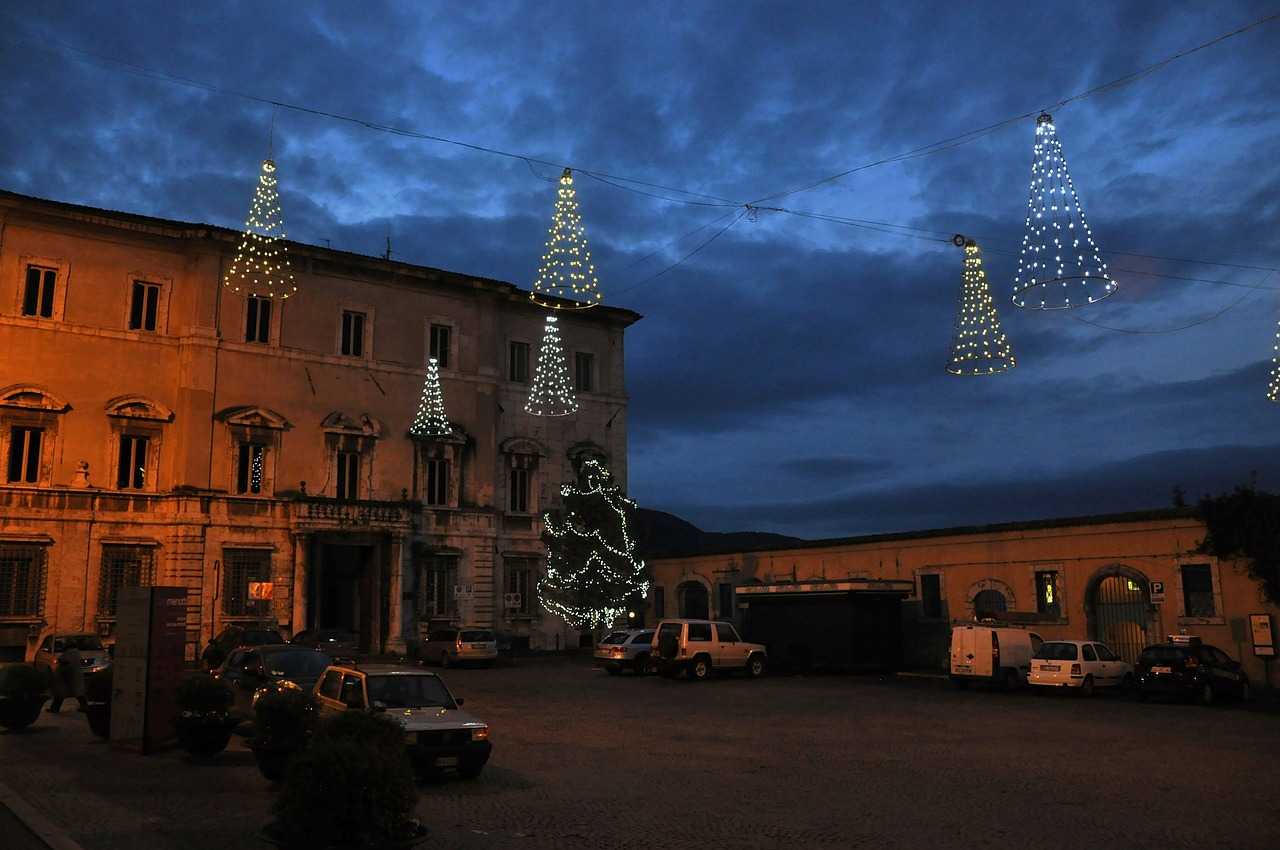 umbria spoleto piazza free photo