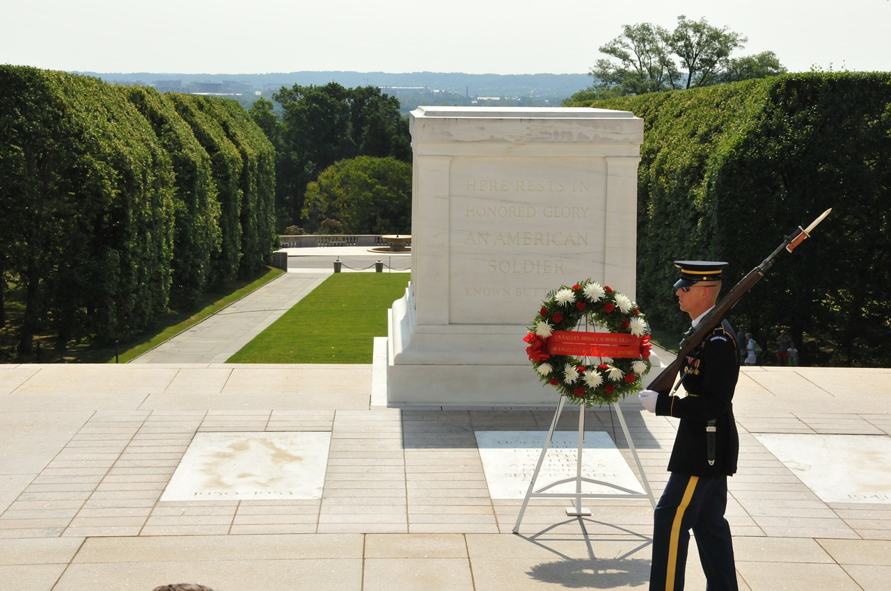 unknown soldier dc arlington national cemetery free photo