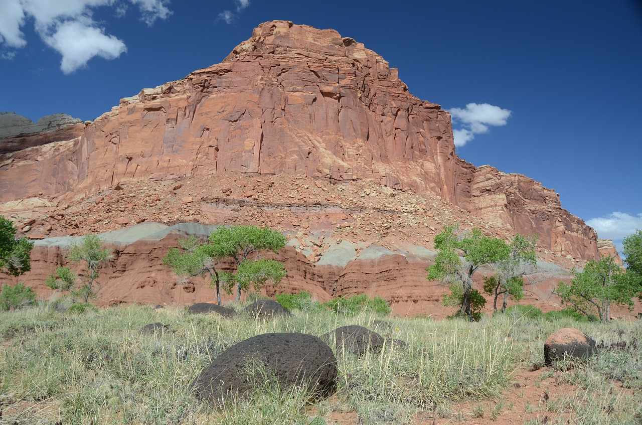 utah capitol reef national park rock formation free photo