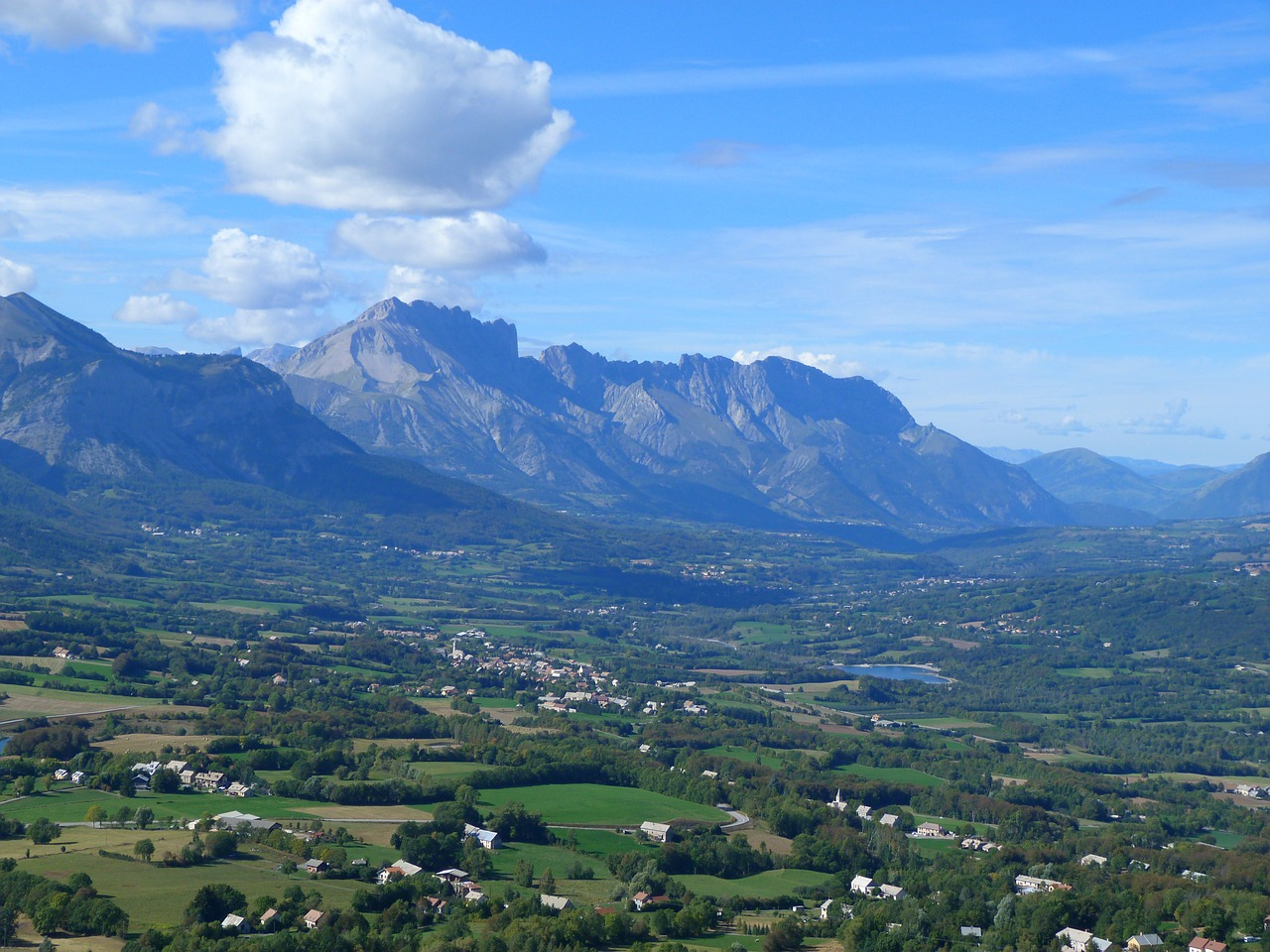 valley of champsaur landscape hautes alpes free photo