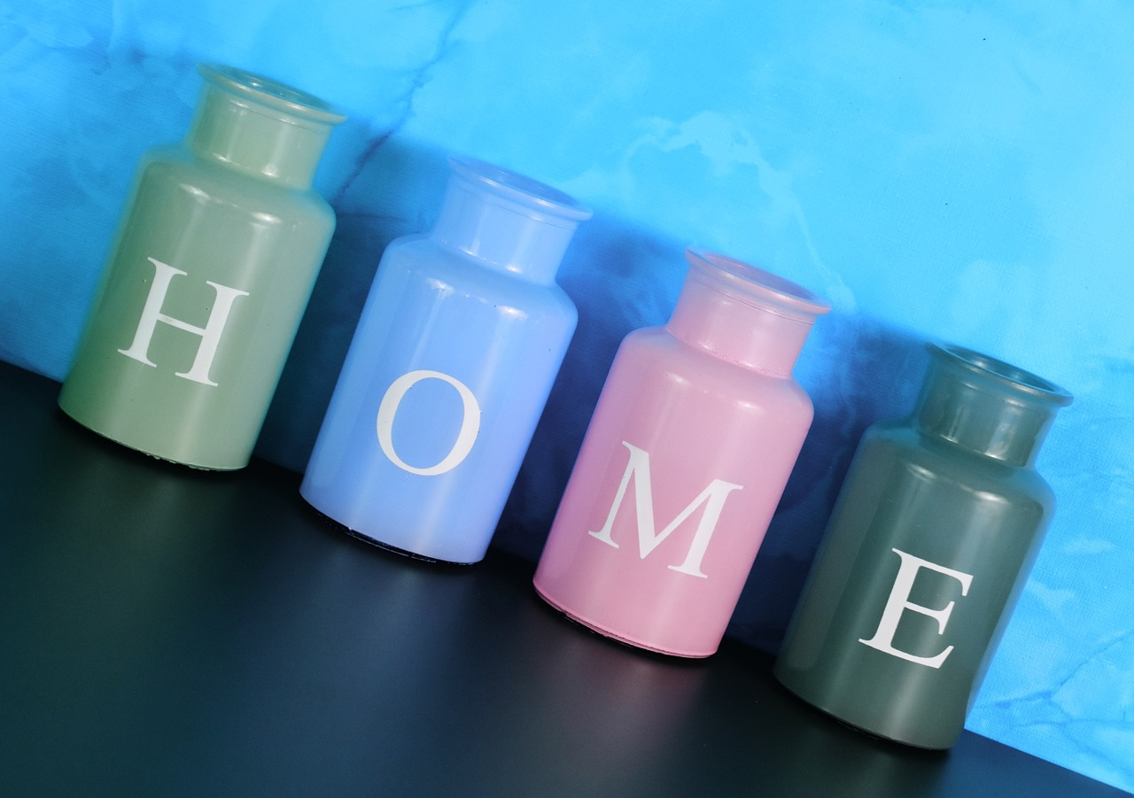 vases home at home free photo
