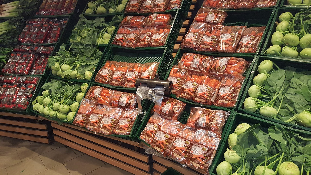 vegetable stand shopping supermarket free photo