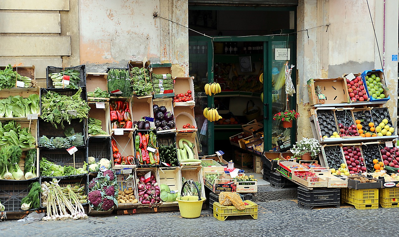 vegetables fruit vegetable shop free photo