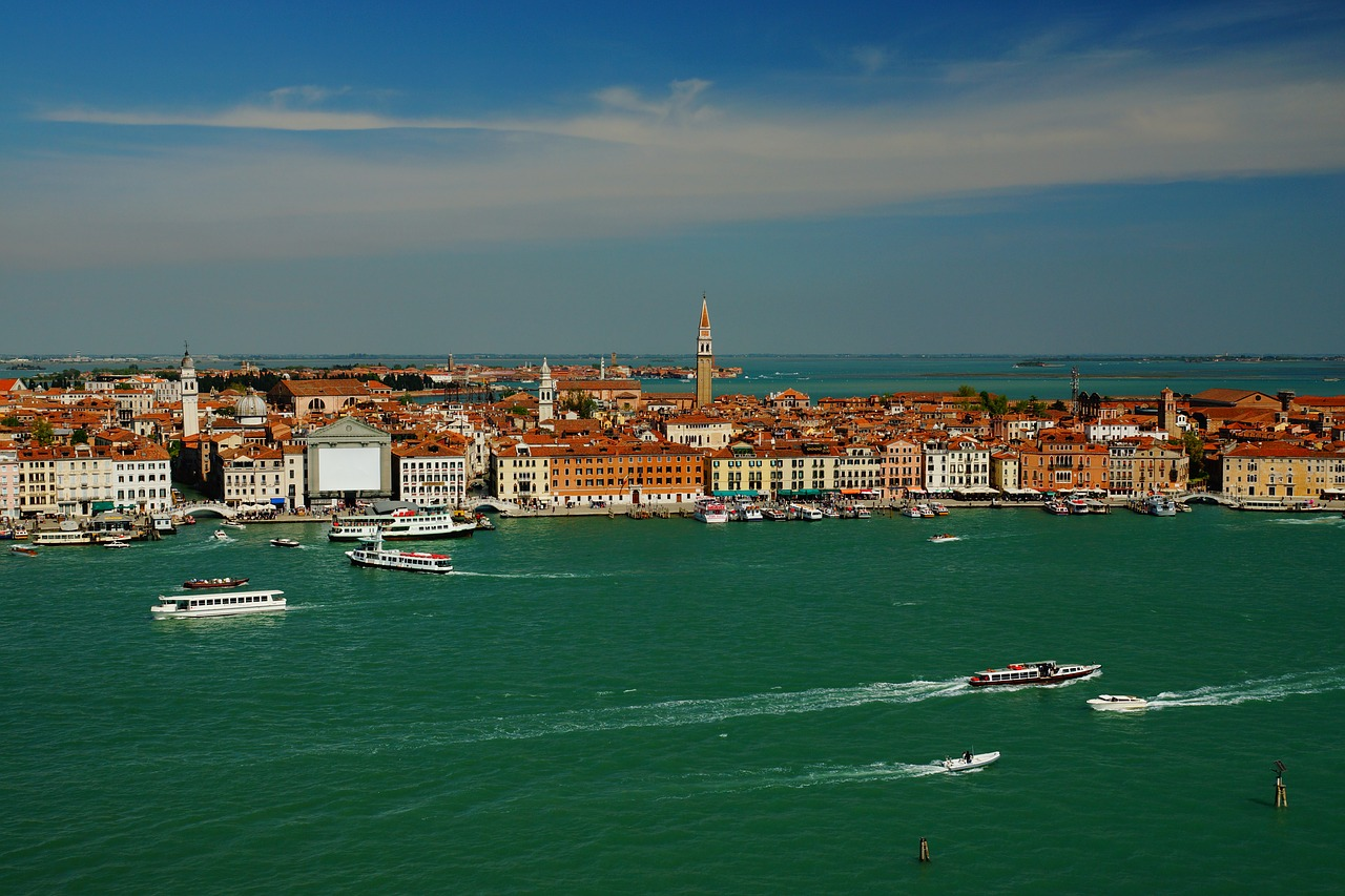 venice sea the palace free photo