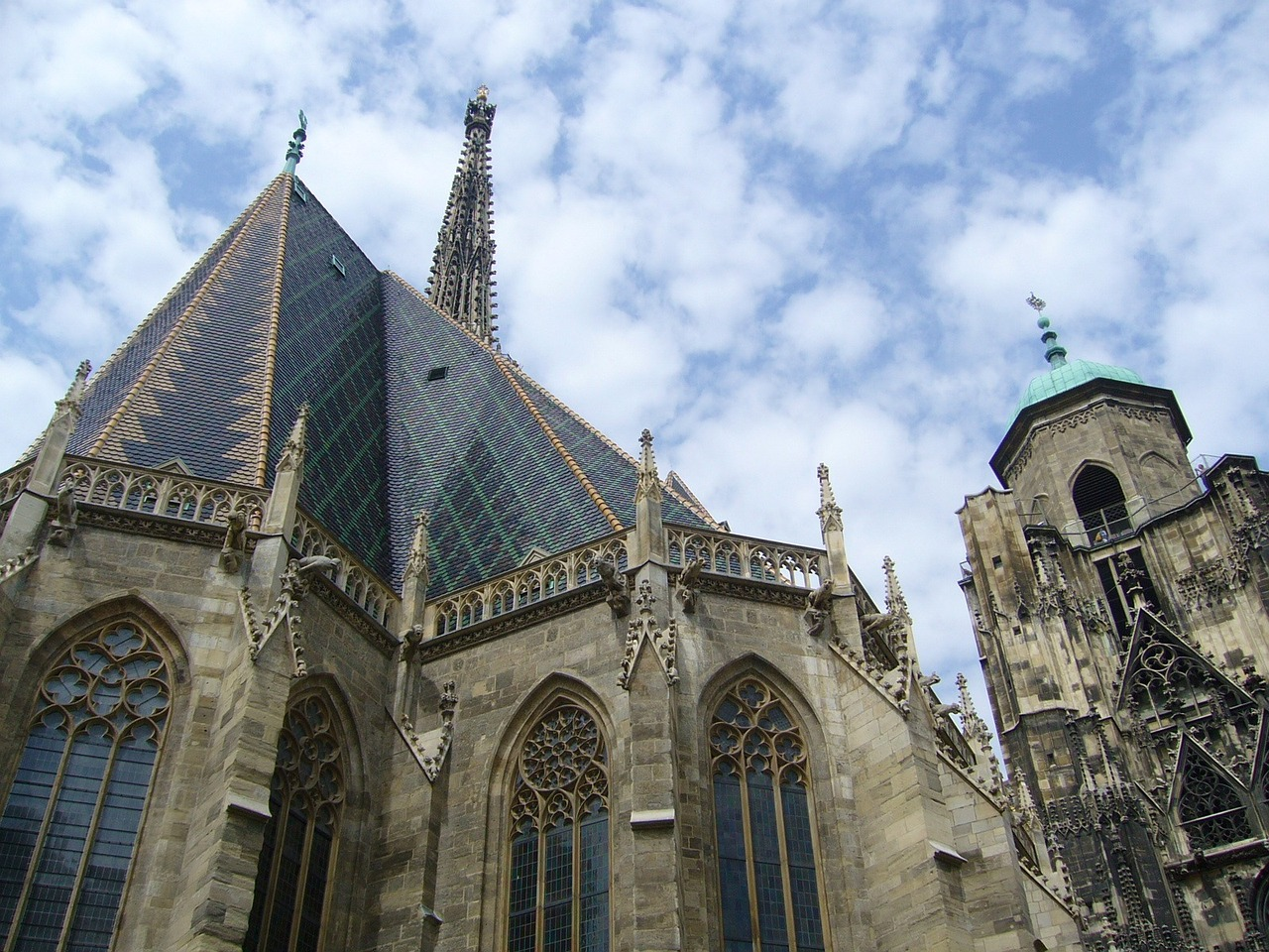vienna st stephen's cathedral church free photo