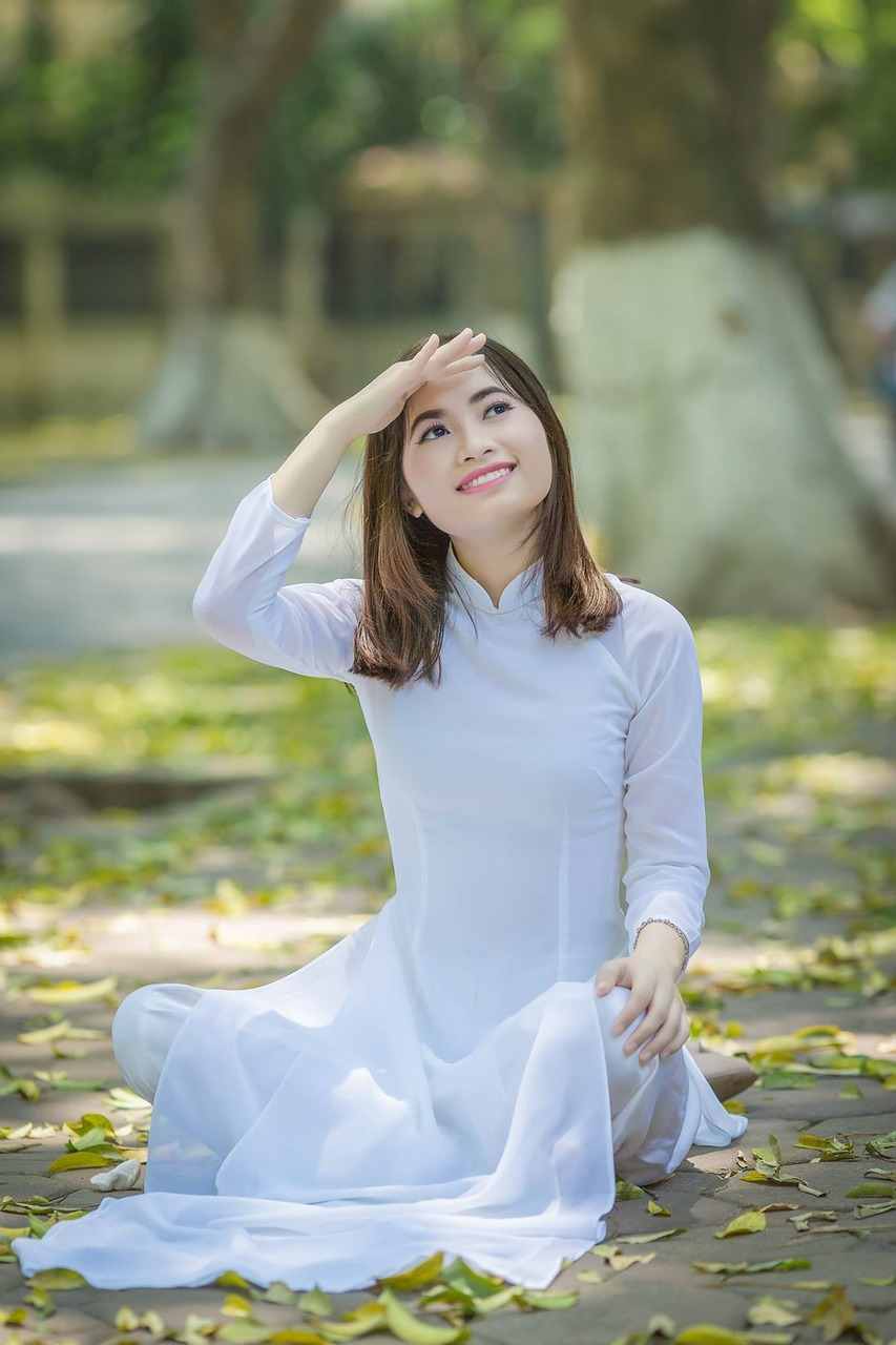 vietnam girl,fun day of school,daughter,the park,lley,portrait,vietnamese,free pictures, free photos, free images, royalty free, free illustrations