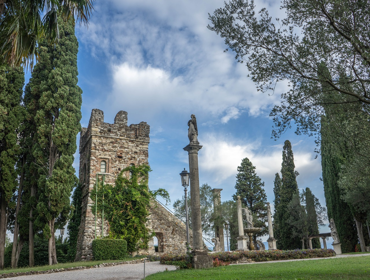 villa cortine,sirmione,garden,landscape,italy,nature,outdoors,scenic,sky,summer,statue,flowers,sunny,sky clouds,monument,green,environment,clouds,sunny sky,blue,sunlight,floral,free pictures, free photos, free images, royalty free, free illustrations