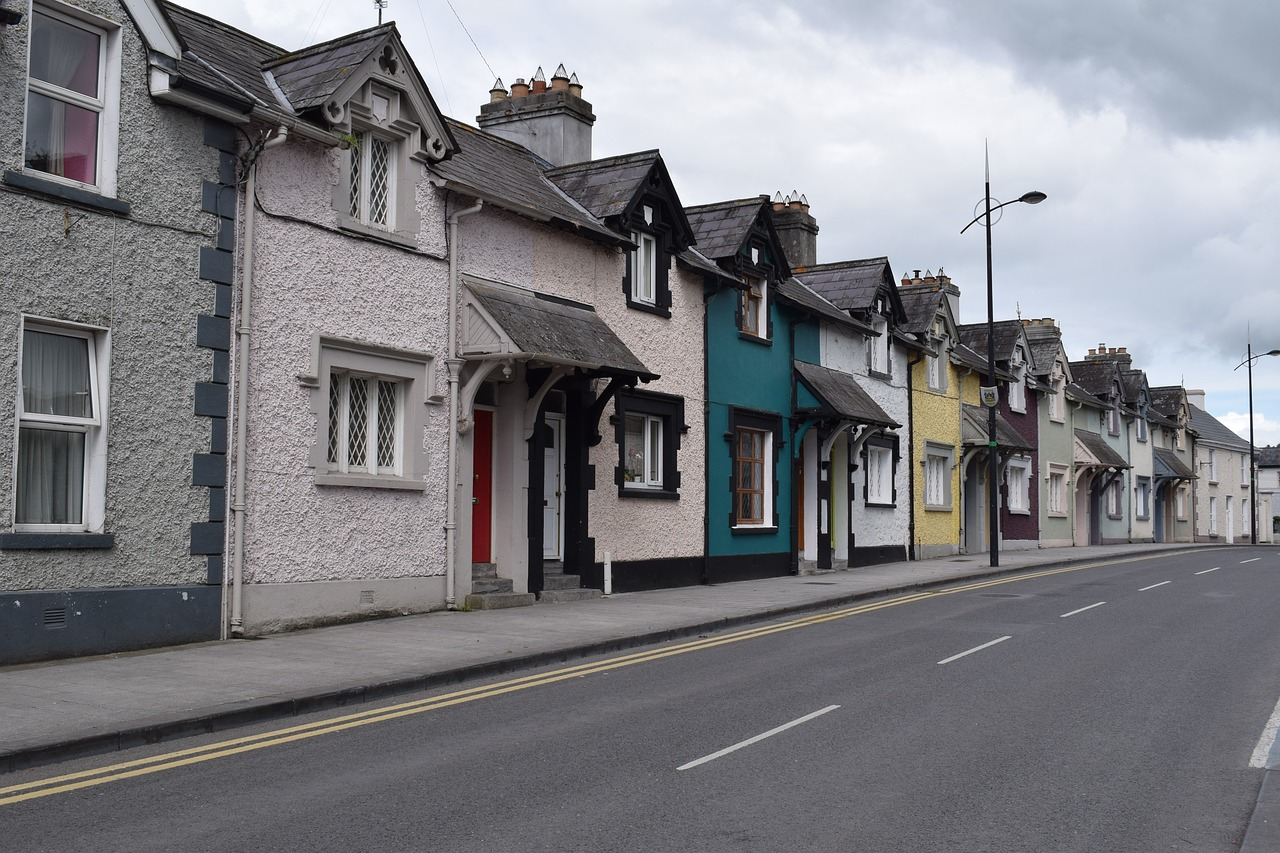 village,ireland,house,street,terraced house,free pictures, free photos, free images, royalty free, free illustrations