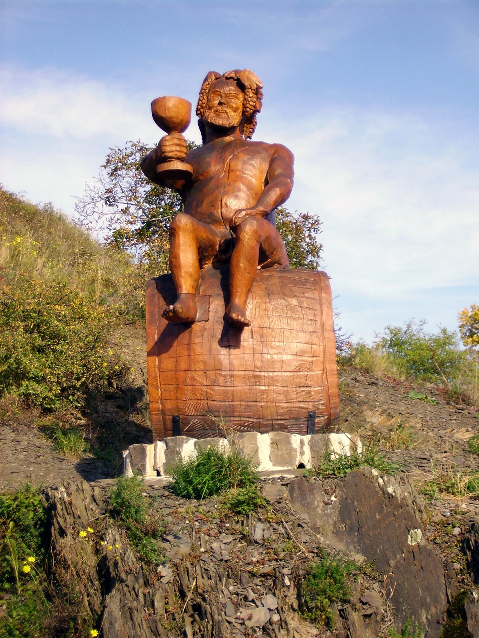 vineyard bacchus sculpture free photo
