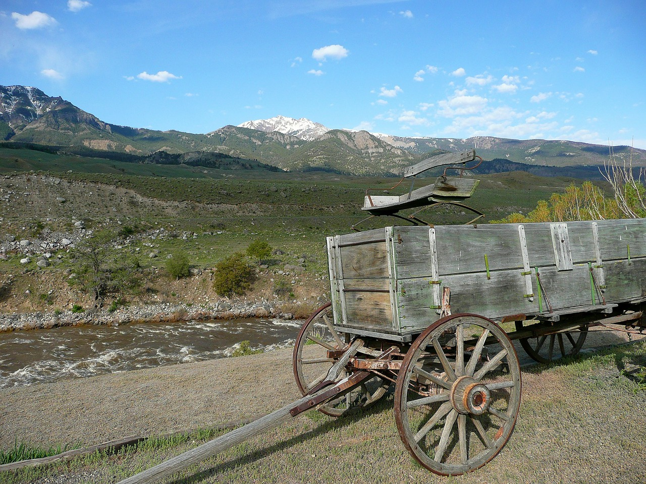 wagon old wooden free photo
