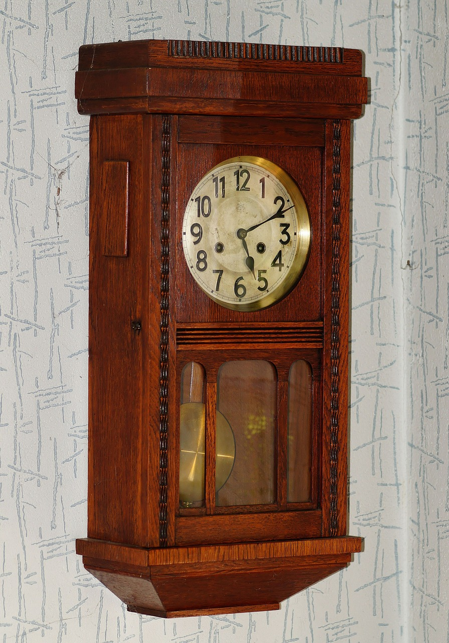 wall clock antique wood free photo