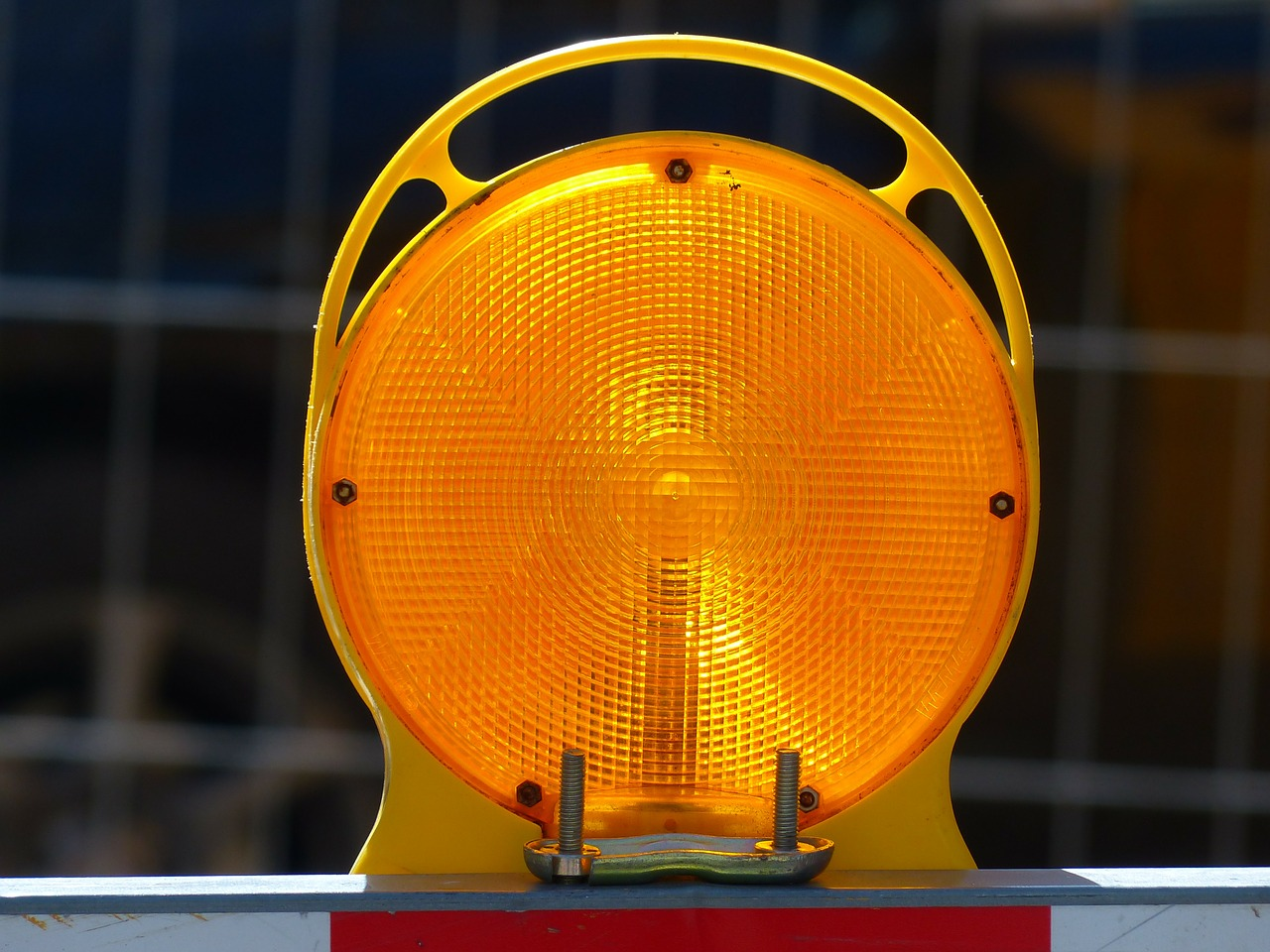 warning lamp warning light warnblinkleuchte free photo