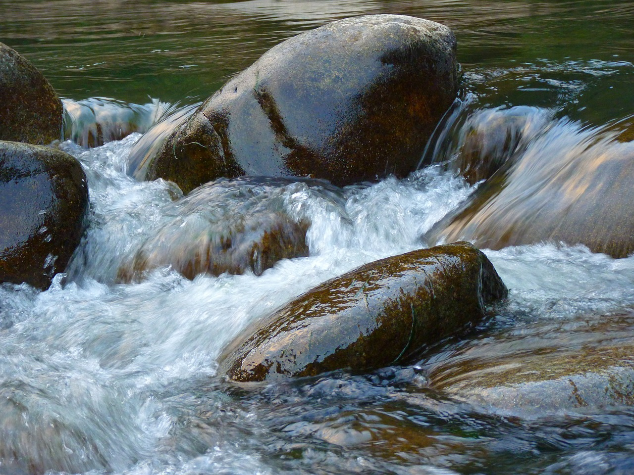 water waters stone free photo