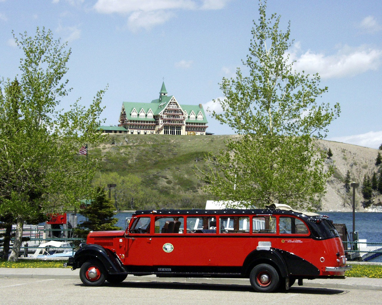 waterton provincial park car oldtimer free photo