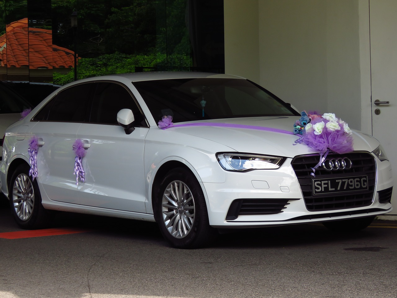 Wedding Car White Car Car Decorating New Car Free Photo From
