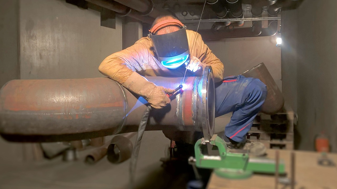 weld metalworking welder free photo