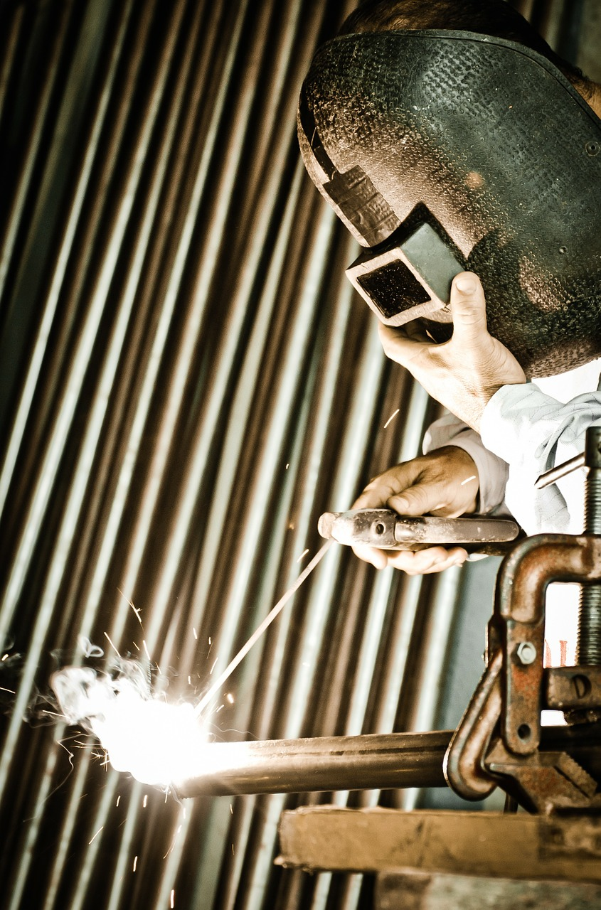 welding profession weld free photo
