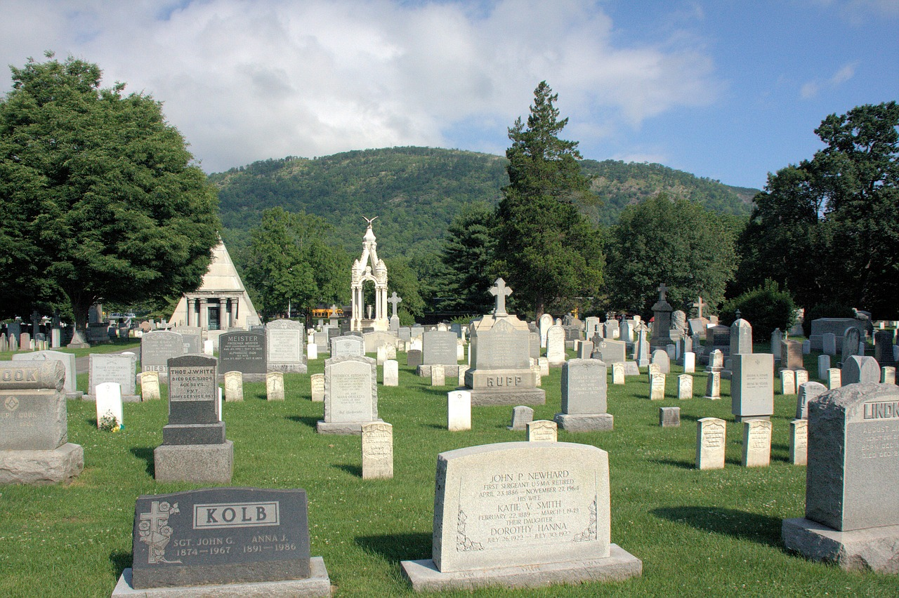 west point,cemetery,grave,tomb,tombstones,graveyard,new york,hill,forest,trees,landscape,grass,solemn,nature,military academy,free pictures, free photos, free images, royalty free, free illustrations, public domain