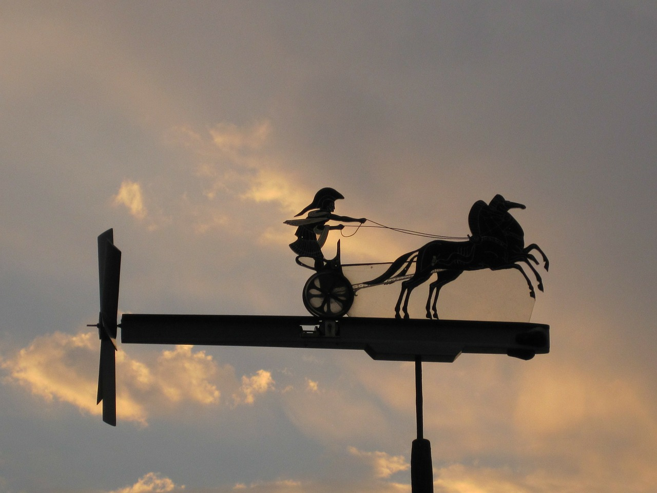 whirly-gig weather vane spartan and chariot free photo