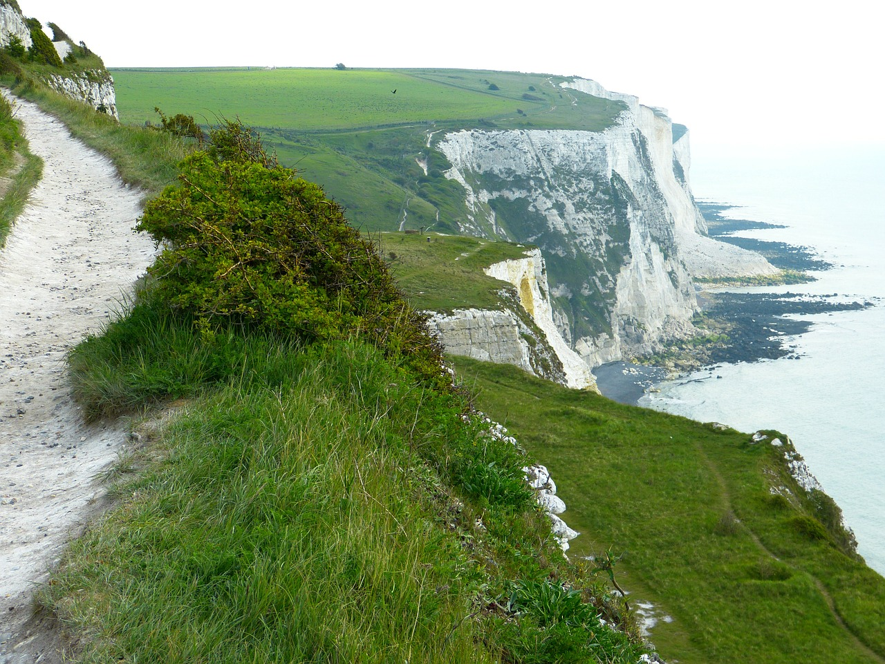 white cliffs cliffs dover free photo