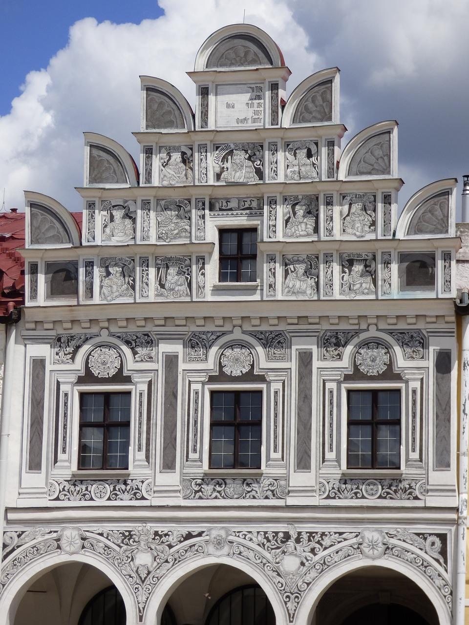 WINDOW KAMIENICA DECORATING DECORATIVE FAçADES FREE PHOTO FROM