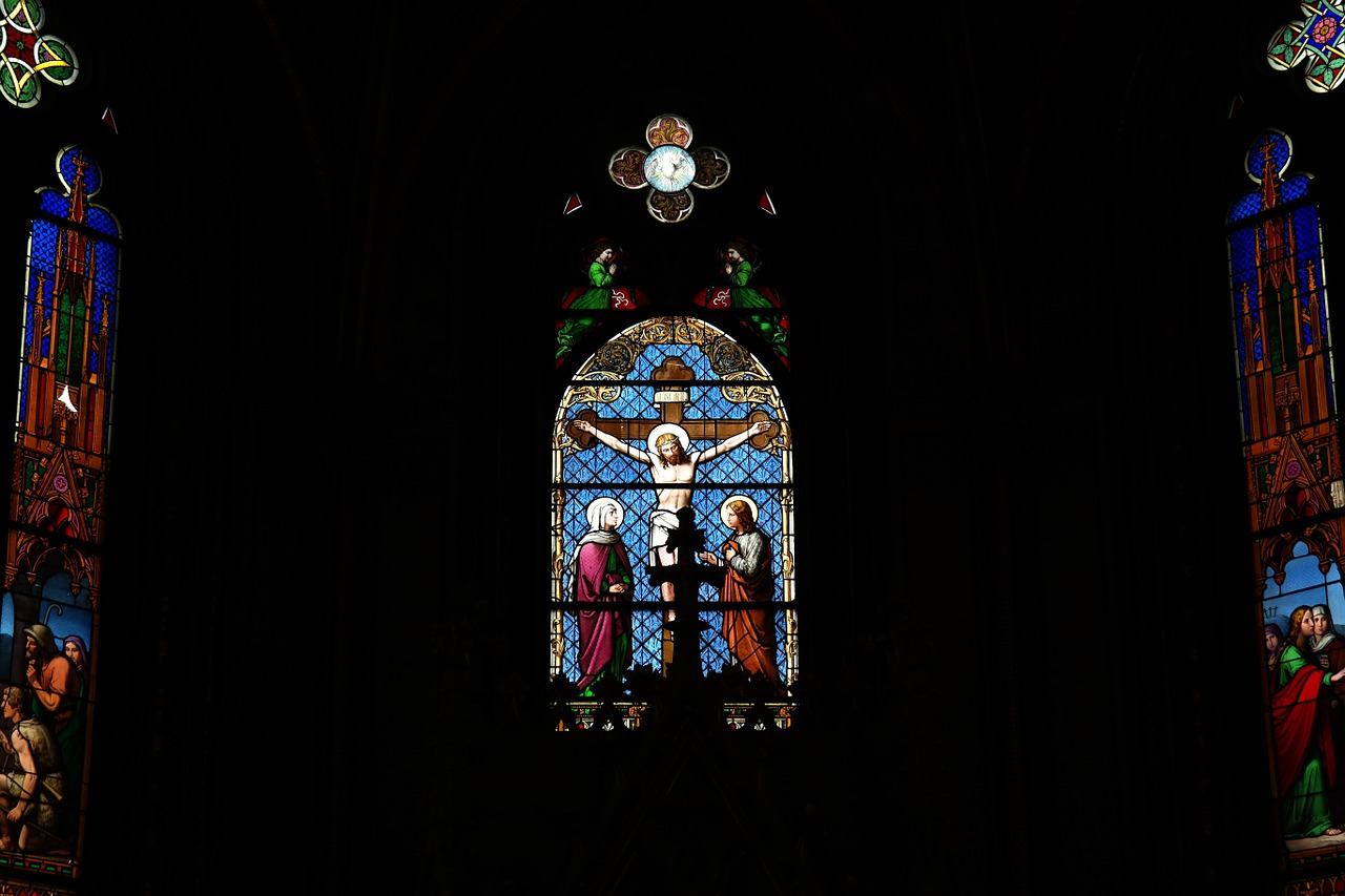 window chapel interior free photo