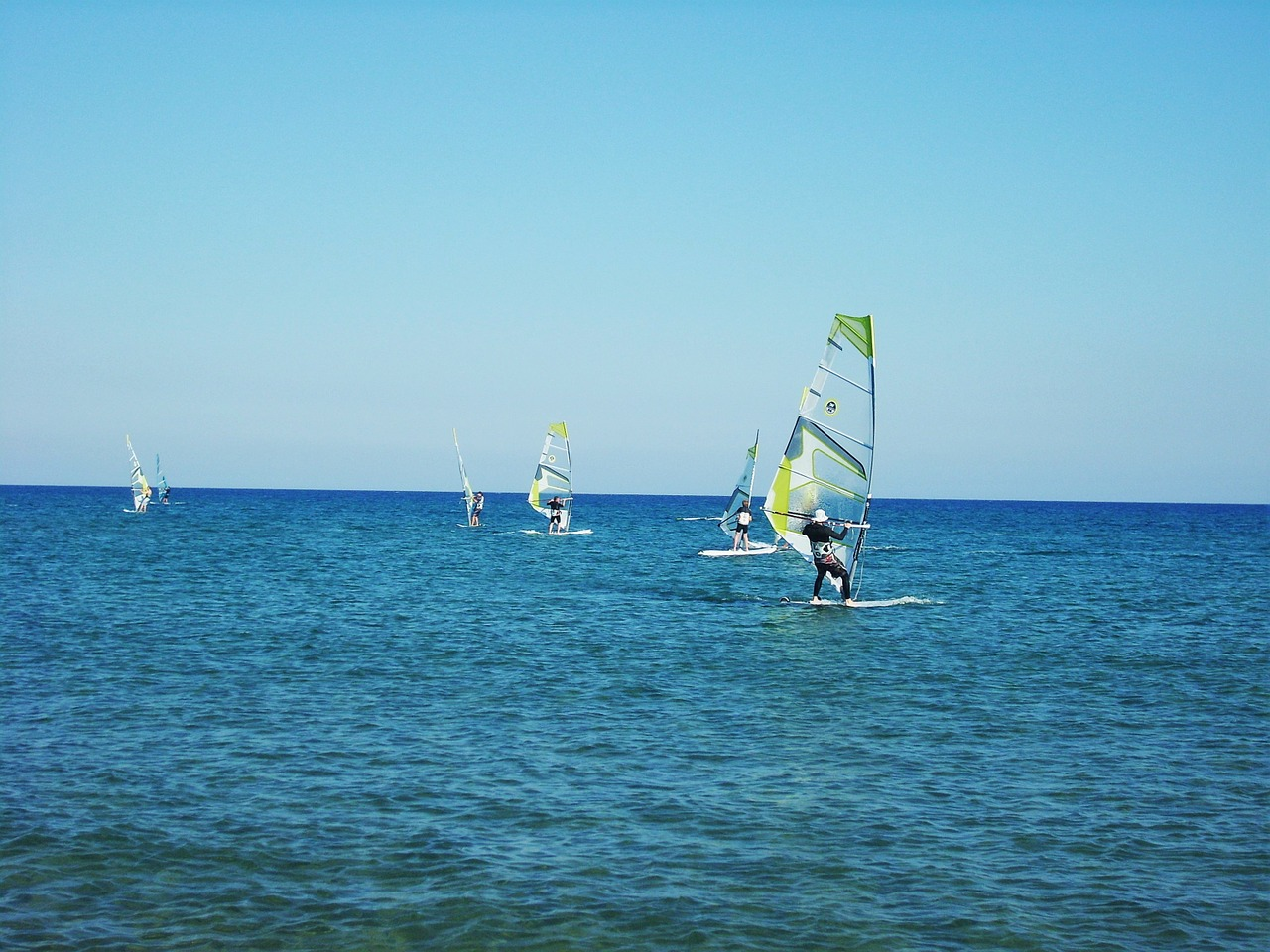windsurfer windsurfing sea free photo