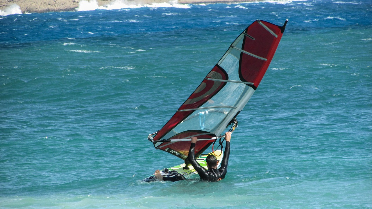 windsurfing surfing windsurf free photo