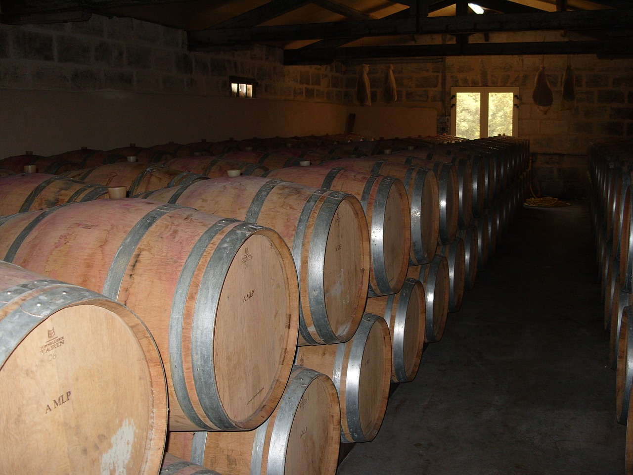 wine cellar,barrels,cask,wine,cellar,free pictures, free photos, free images, royalty free, free illustrations