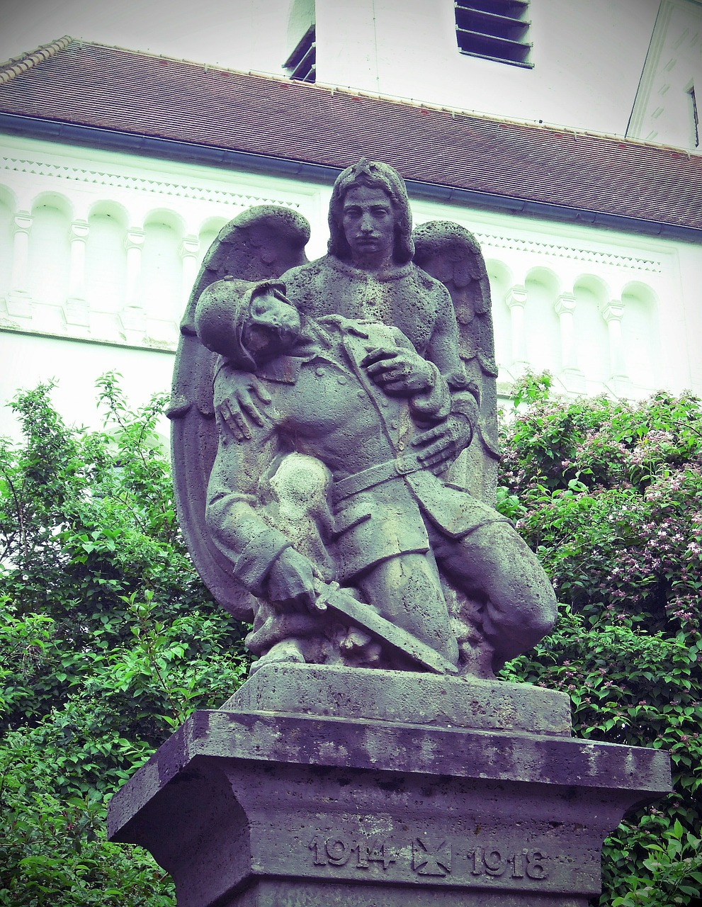 world war monument angel free photo