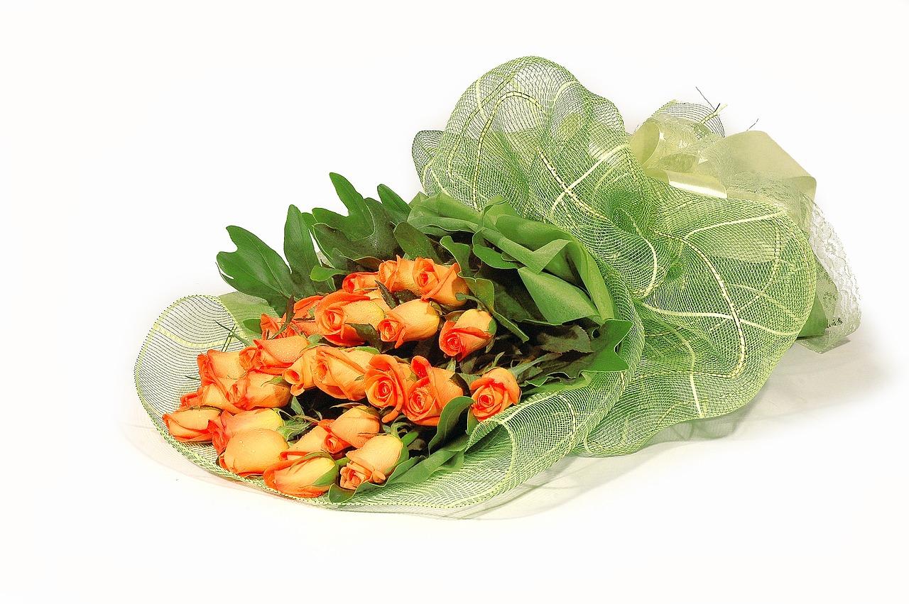 Wreathgraduationcongratulationsflowersbouquet Free Photo From